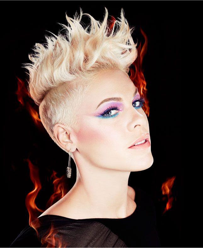 Tres Sympa Miss Schweiz Dominique Rinderknecht For Covergirl Sangerin Pink Pink Frisur Haar Und Beauty