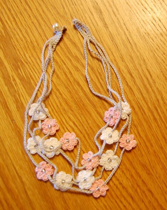 Crochet Flower Necklace 4 Strand от LithonyDesigns на Etsy