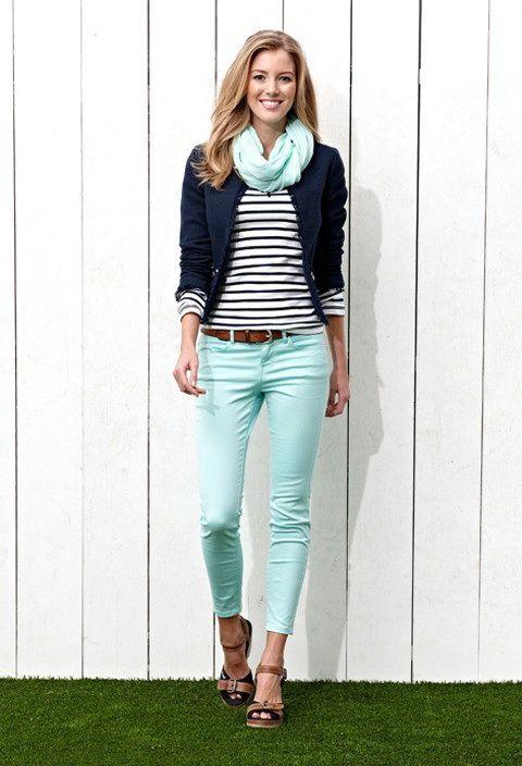 Photo of Business-Kleidung: Damen Jeans für Büroarbeit – Frauen Mode