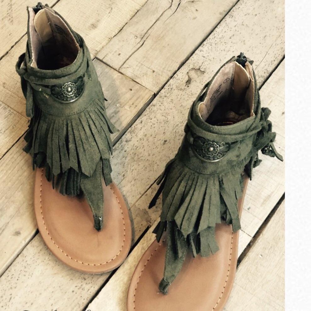 Olive Fringe Sandal | Fringe sandals