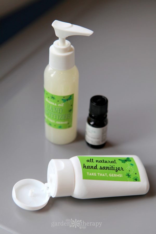 allnatural hand sanitizer recipe with Thieves oil