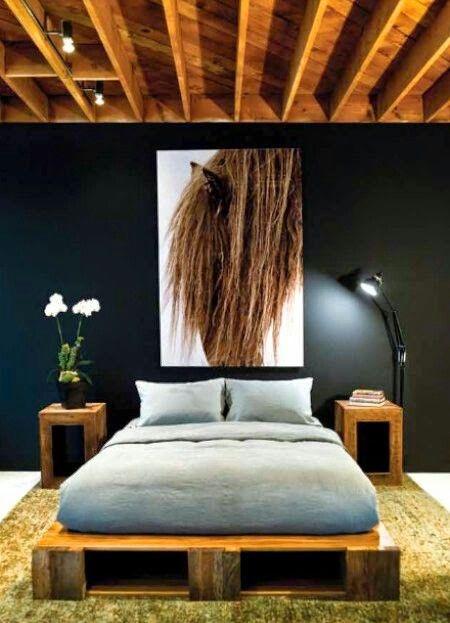 Minimalist Bedroom Wood & Pallet