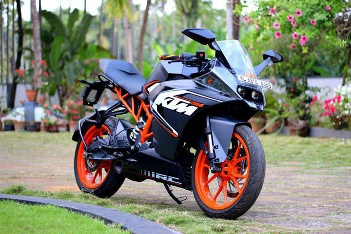 Ready To Race With Ktm Go Out Shift A Gear Or Two Ktmrc200