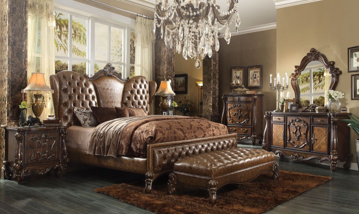Acme Versailles Queen Bed 2 Tone Light Brown Pu Cherry Oak