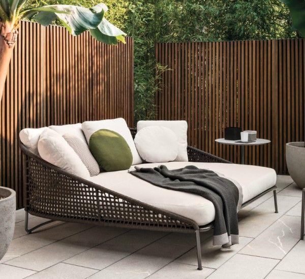 Deck Furniture Layout