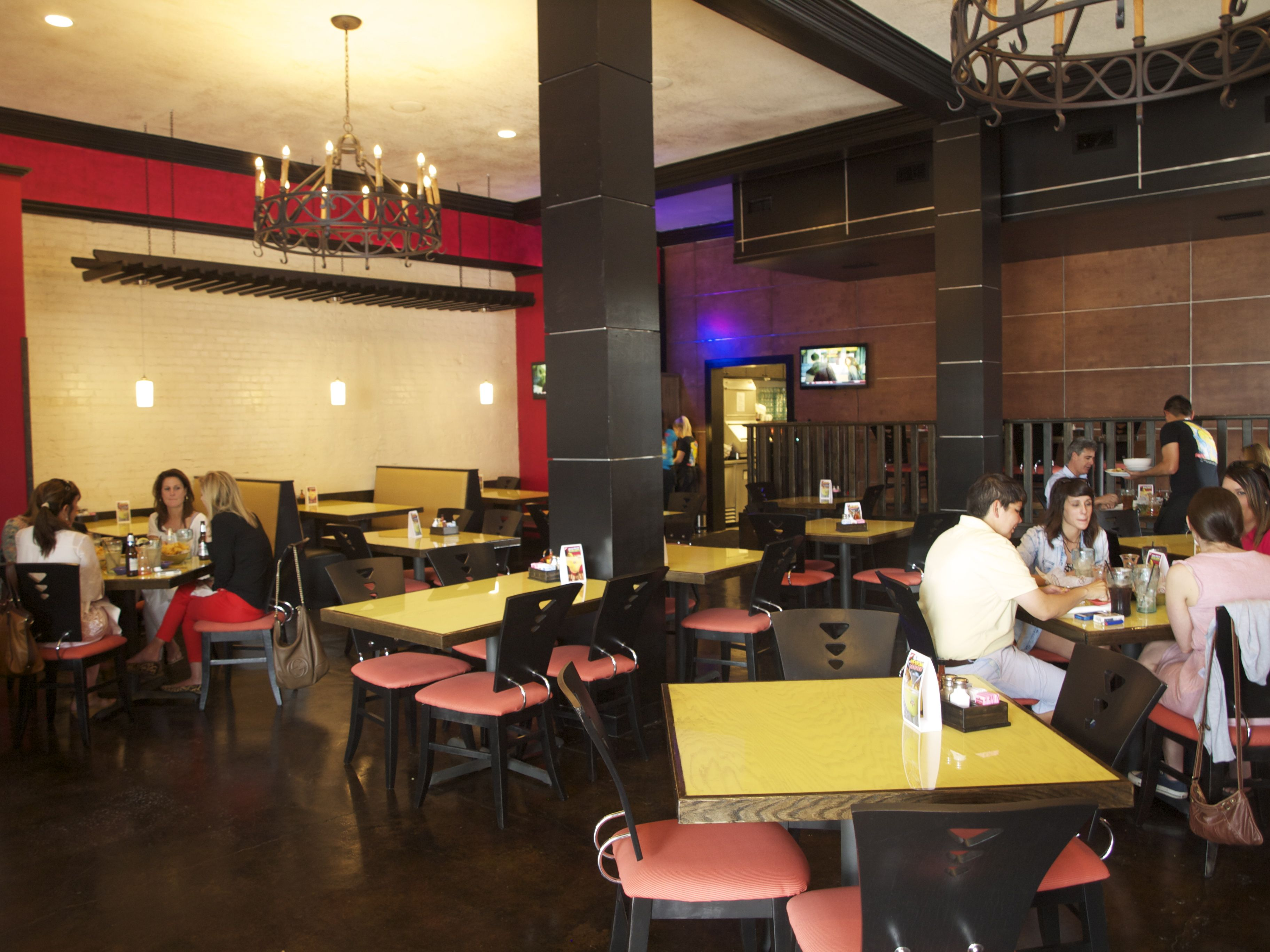 La Carreta Serves Up Mexican Dishes At 400 Jefferson St In Downtown Lafayette