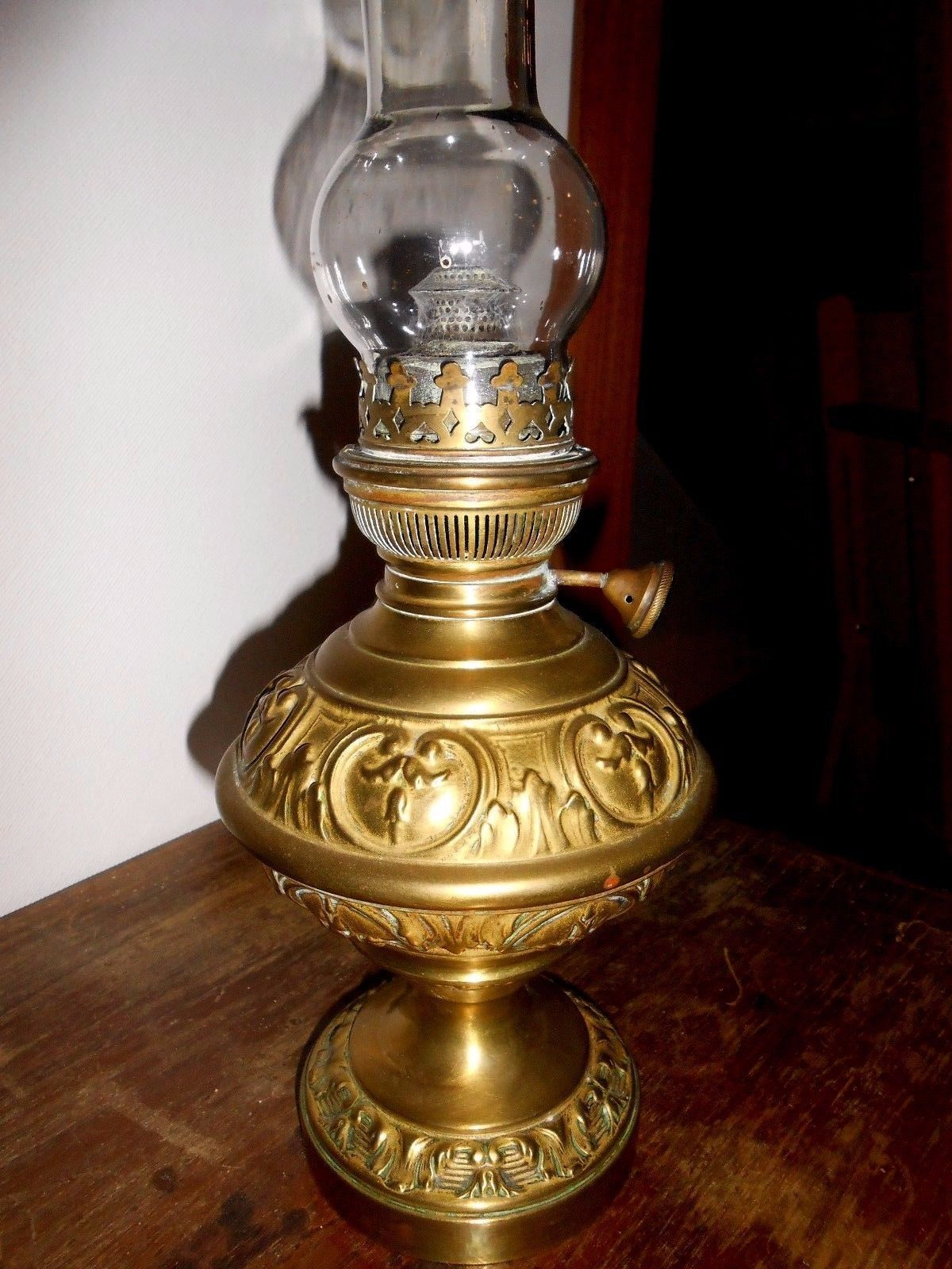 Ancienne Lampe A Petrole En Laiton Matador 15 For Sale Eur 45