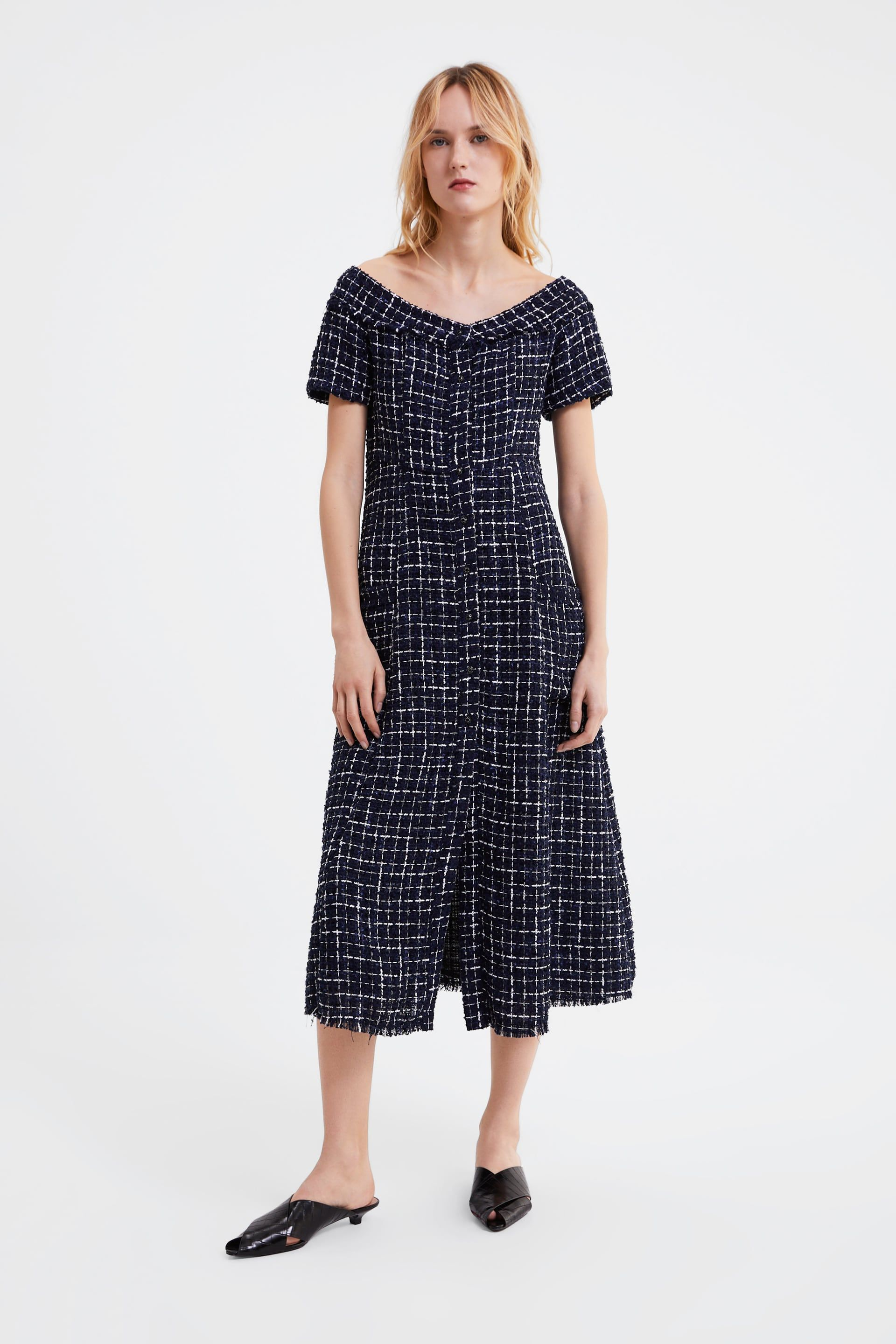 d8edb686 Tweed dress with gemstone buttons in 2019 | My Style | Tweed dress ...