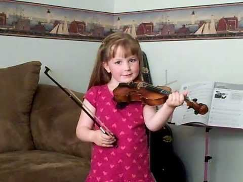 She Graduated Into A Bigger Size Violin Her First Violin Was A 1 10 Violin But Now She Had Grown Enough To Play On A 1 8 Violin Fiddle Music Songs Violinist