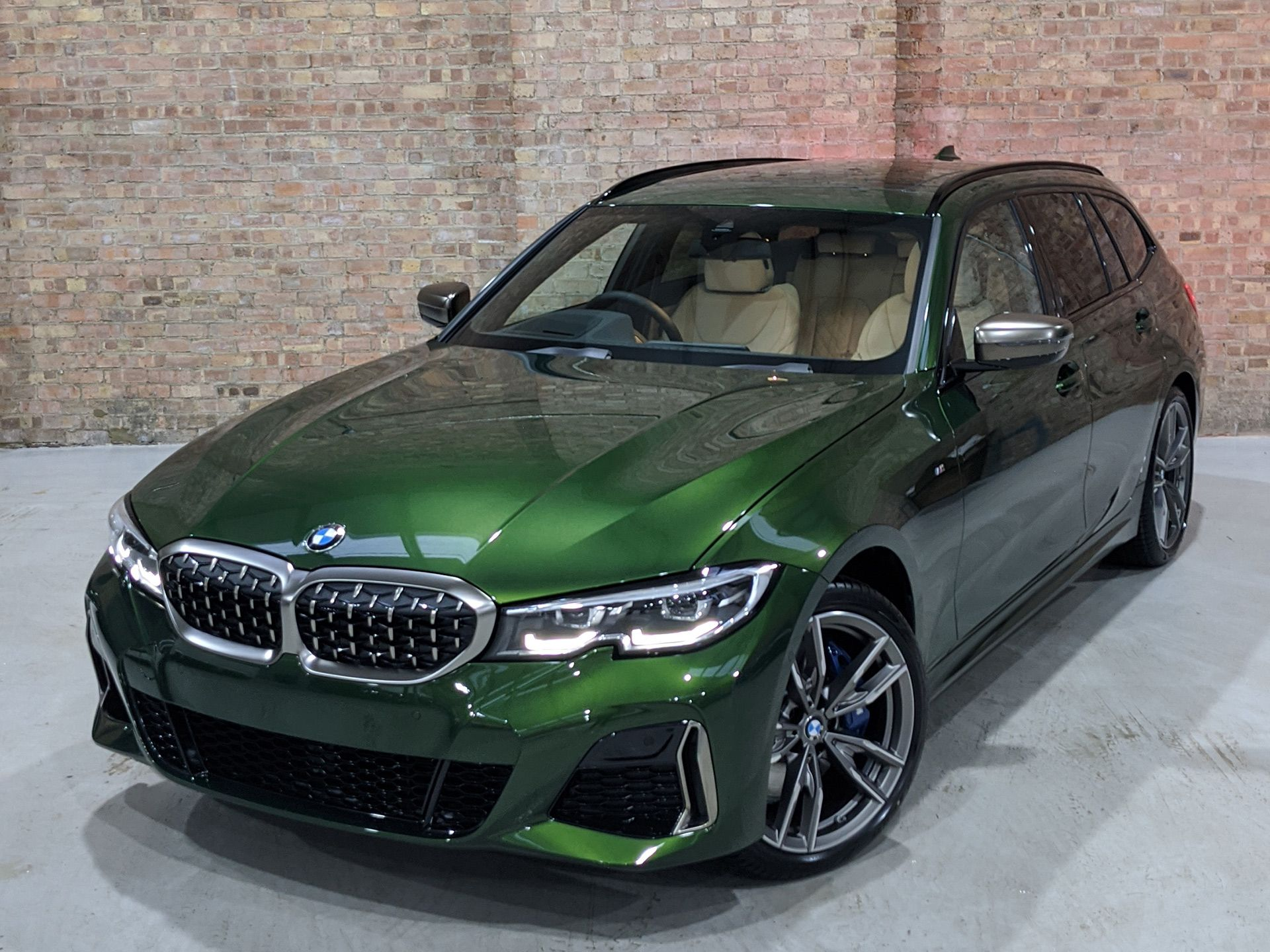 First Look Bmw M340i Touring In Verde Ermes Bmw Touring