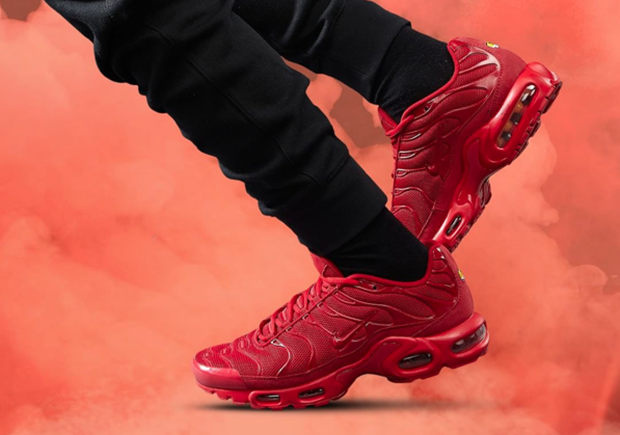 nike tn all red