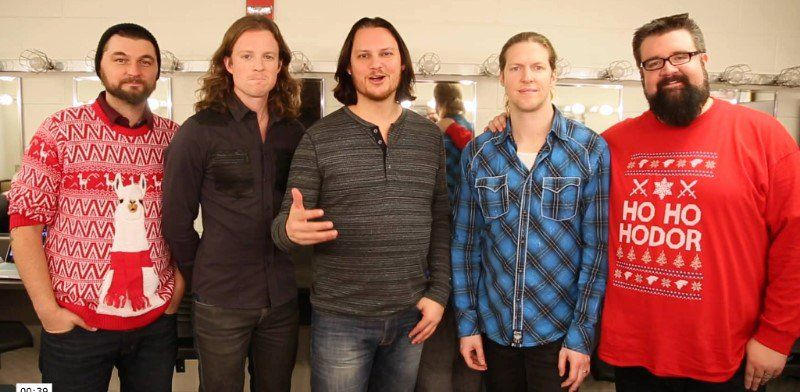 home frees 2016 christmas album hits 2 on the charts - Home Free Christmas Album