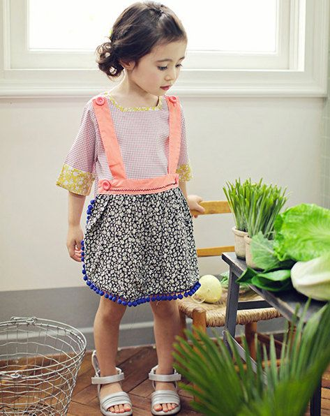 Girl's top / top with apron / Summer Spring by hellodearkids. I could easily do a cute apron like that for girl outfits
