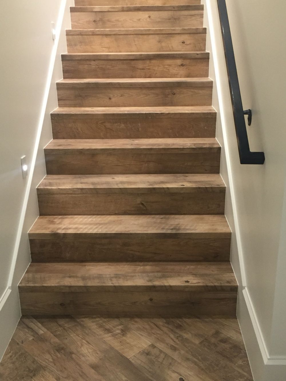ROUGH WOOD STAIRS basementstairrailing Diy stairs