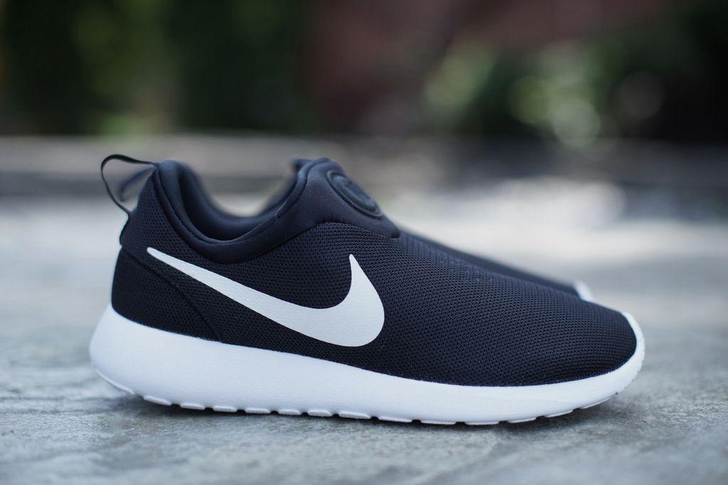 Hommes Nike Roshe Courir En Noir Et Blanc