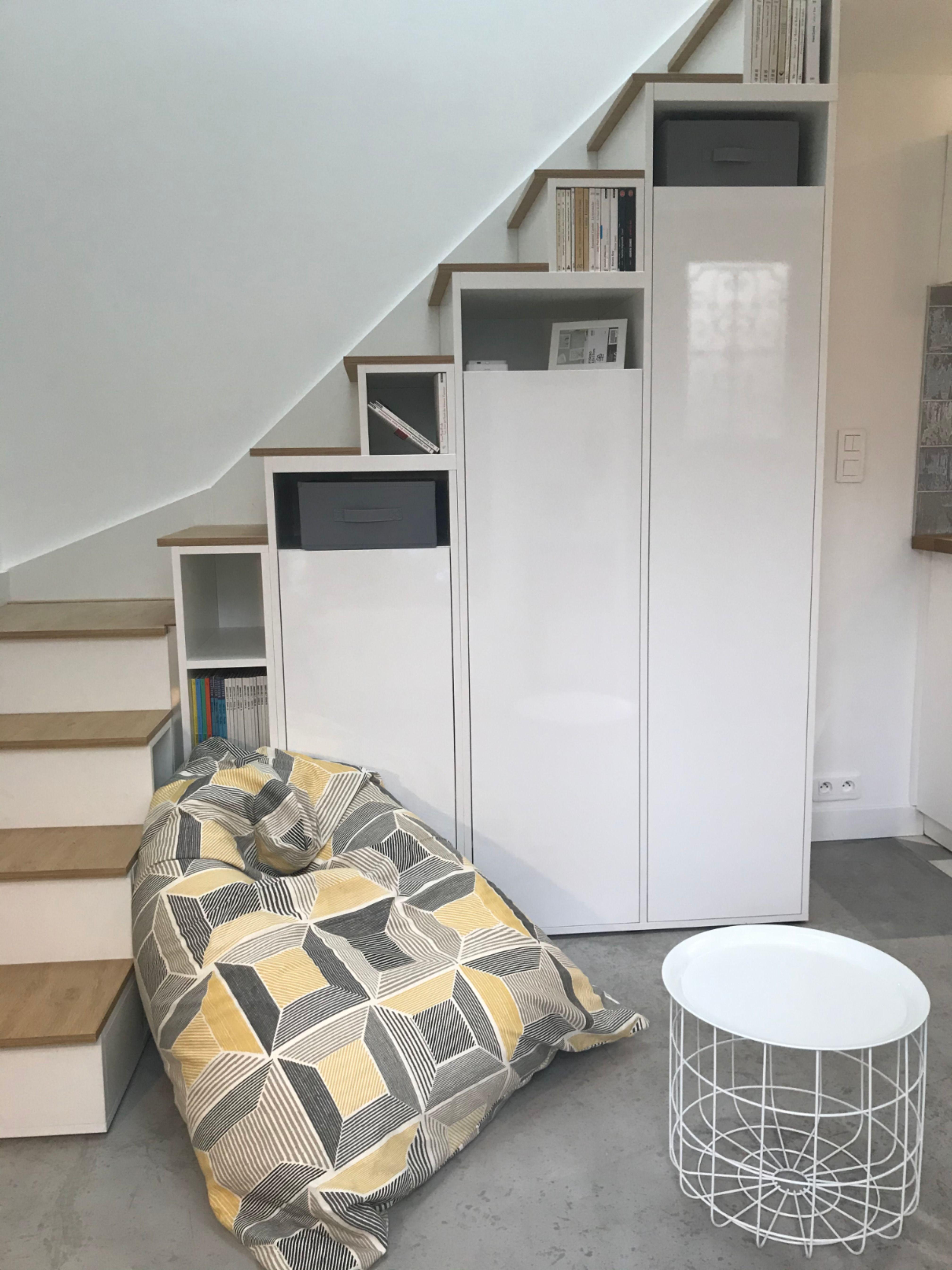 Meuble Escalier Quart Tournant En 2020 Meuble Escalier Mobilier De Salon Meubles Sur Mesure