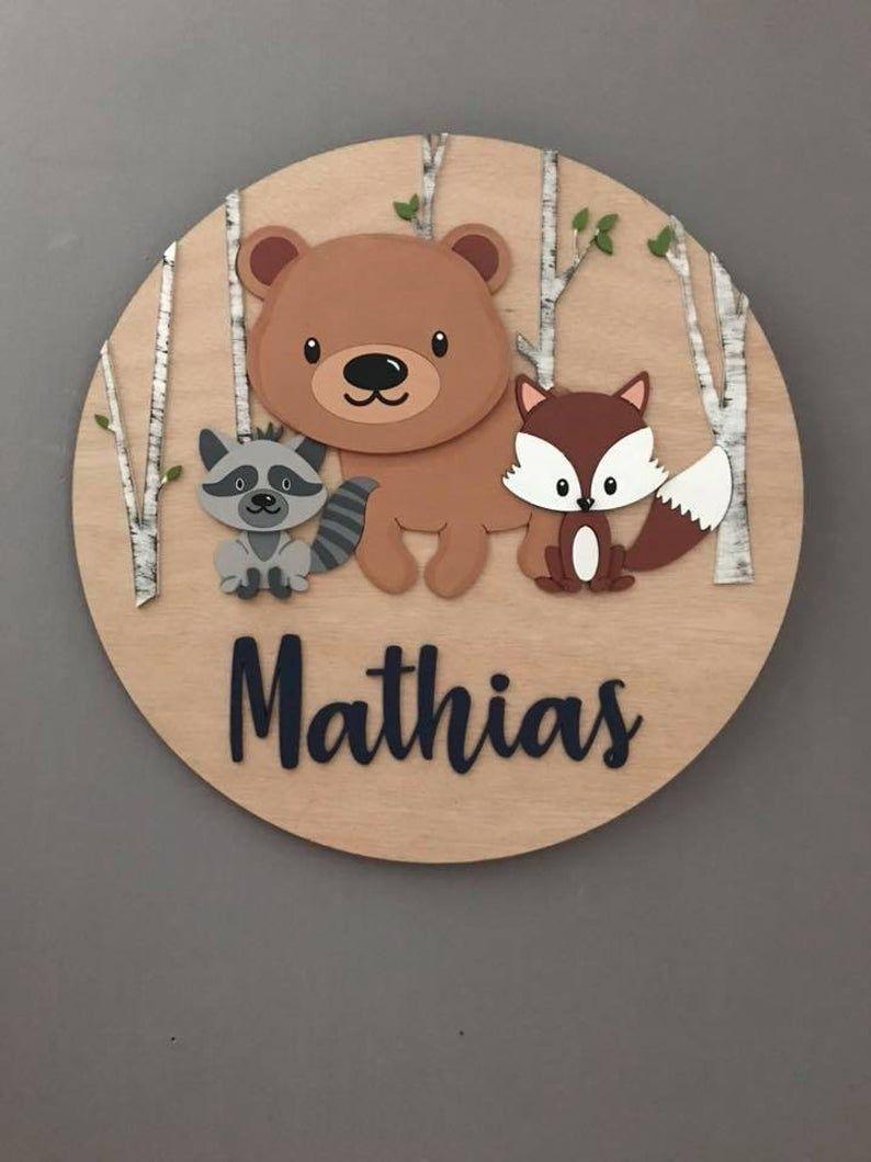 Signe en bois personnalisé de nom pour le décor de pépinière, cadeau d'anniversaire d'art de mur pour le garçon ou la fille, décor de salle d'enfants