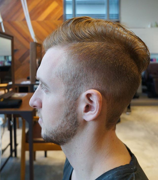 Mens fade hairstyle. | ゴードン