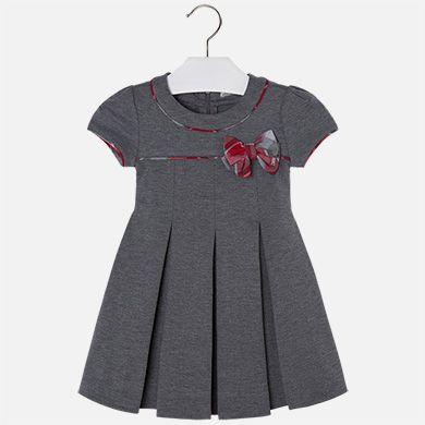1c0b598550 Vestido de niña de manga corta en punto roma