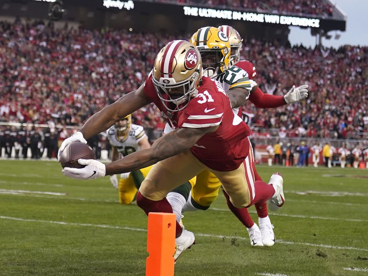 49ers Roll Past Packers To Reach 7th Super Bowl National Football League News Raheem Mostert Rushed For 220 Yards A In 2020 49ers National Football League Super Bowl