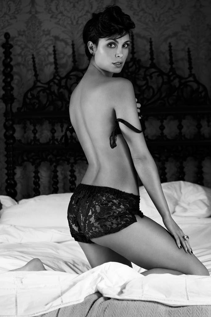 100+ Morena Baccarin photos when young