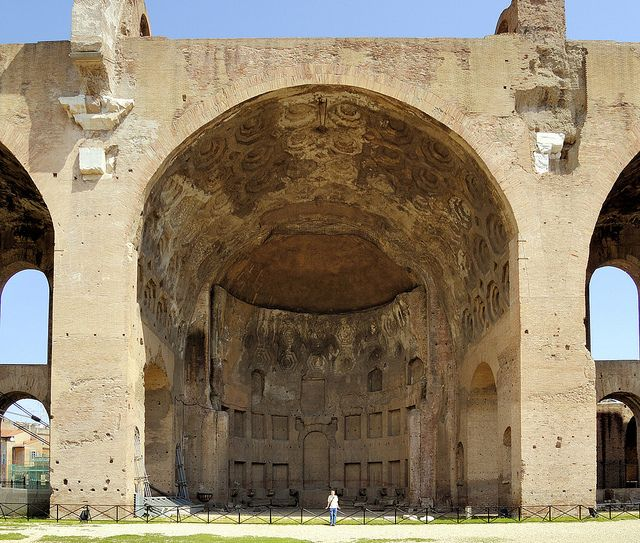 Basilica of Maxentius and Constantine - arched vault with ...