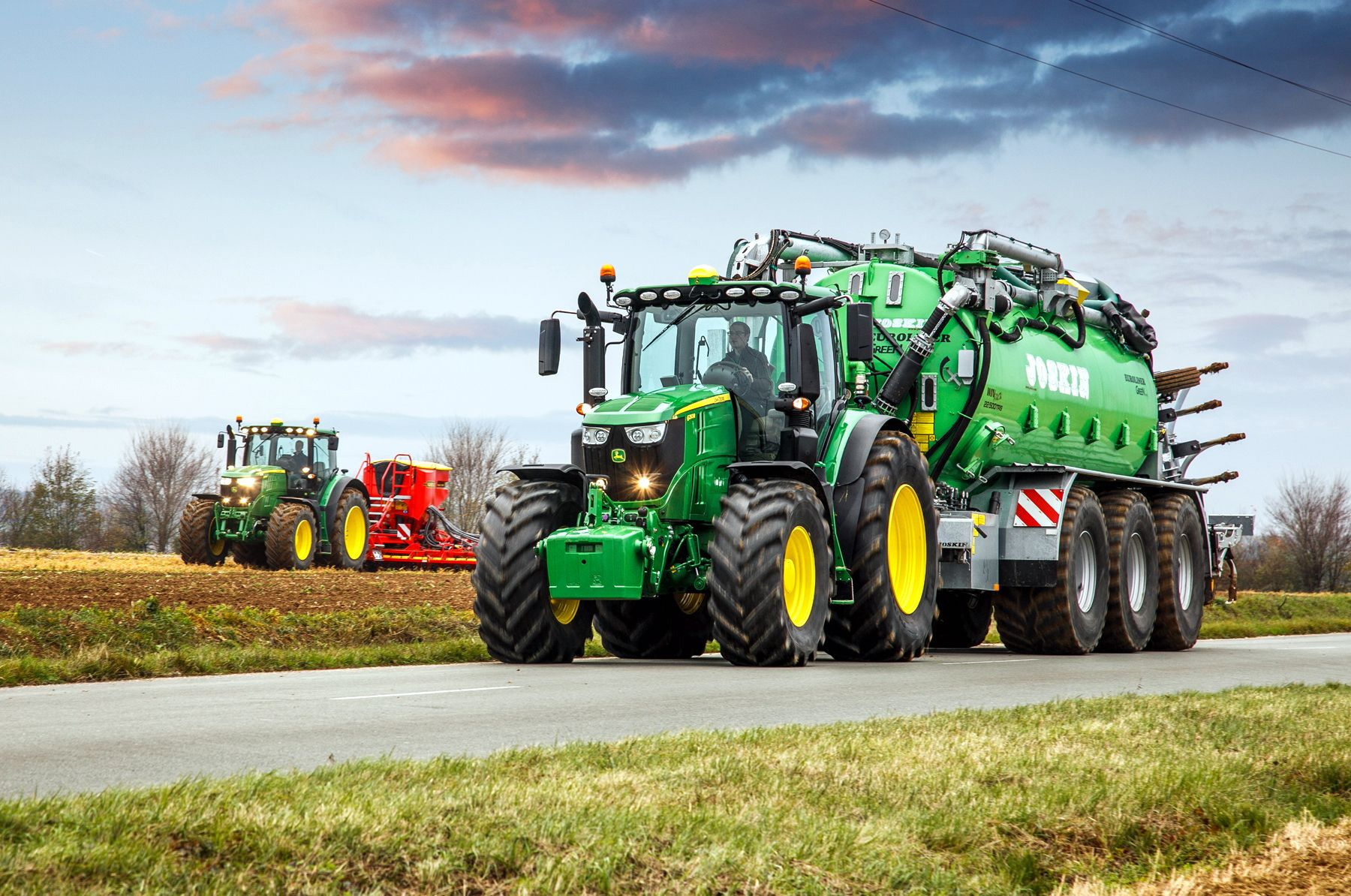pin auf tractor mania