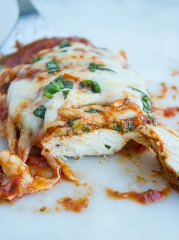 Chicken Parmesan Recipe - Grilled Chicken Parmesan • Two Purple Figs #grilledchickenparmesan
