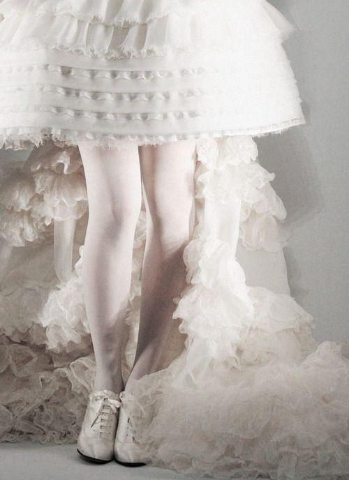 Lara Stone for Chanel Haute Couture, f/w 2009