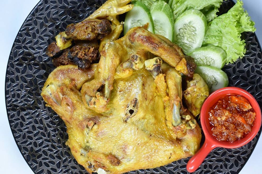 Resep Ayam Goreng Gurih Instagram Foodishpedia Resepmasakannusantara Resep Ayam Ayam Goreng Resep Makanan Sehat