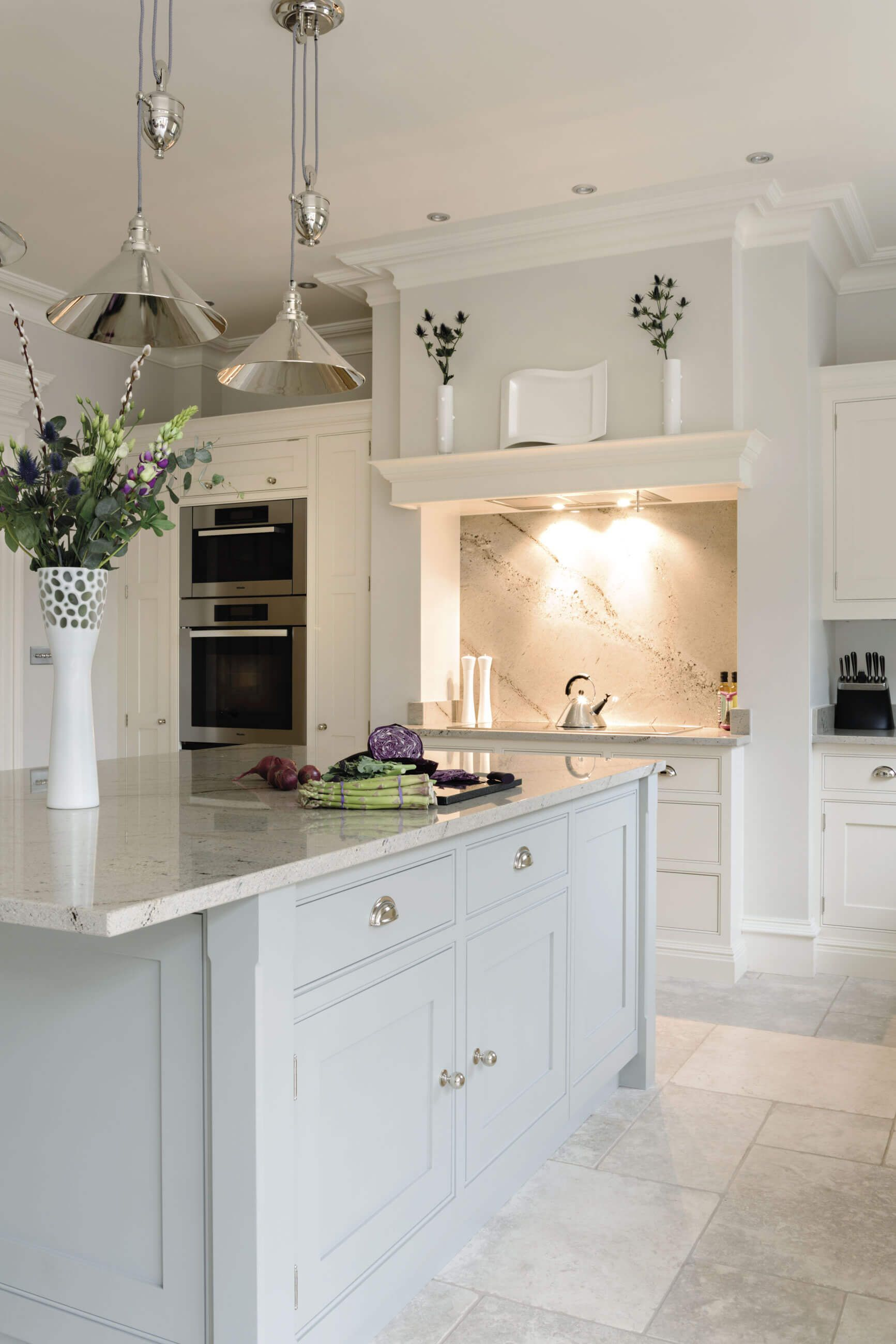 This Open Plan Kitchen Is The Perfect Space For Family Dining