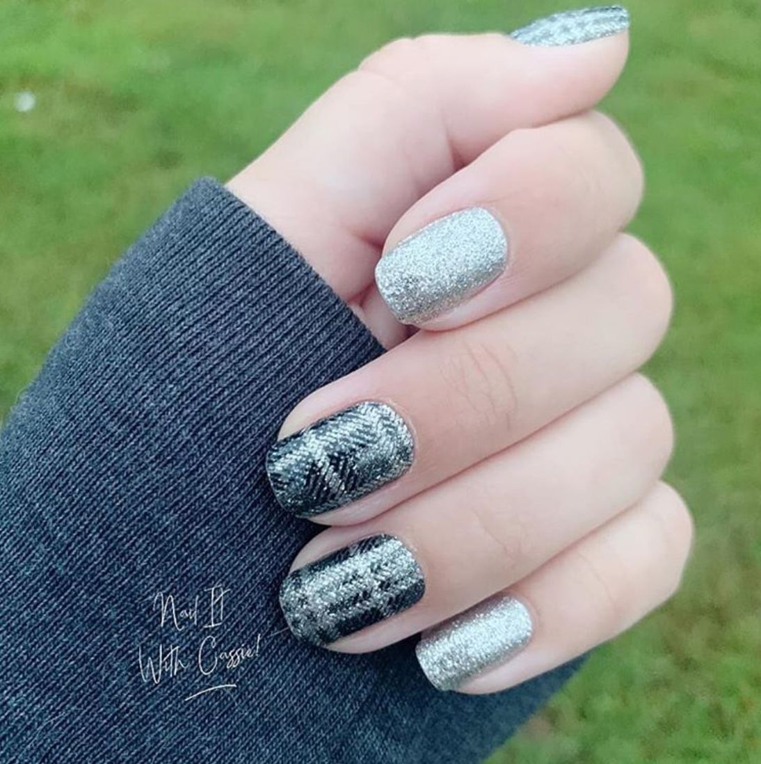 50+ Pretty Plaid Nails You'll Love - The Glossychi