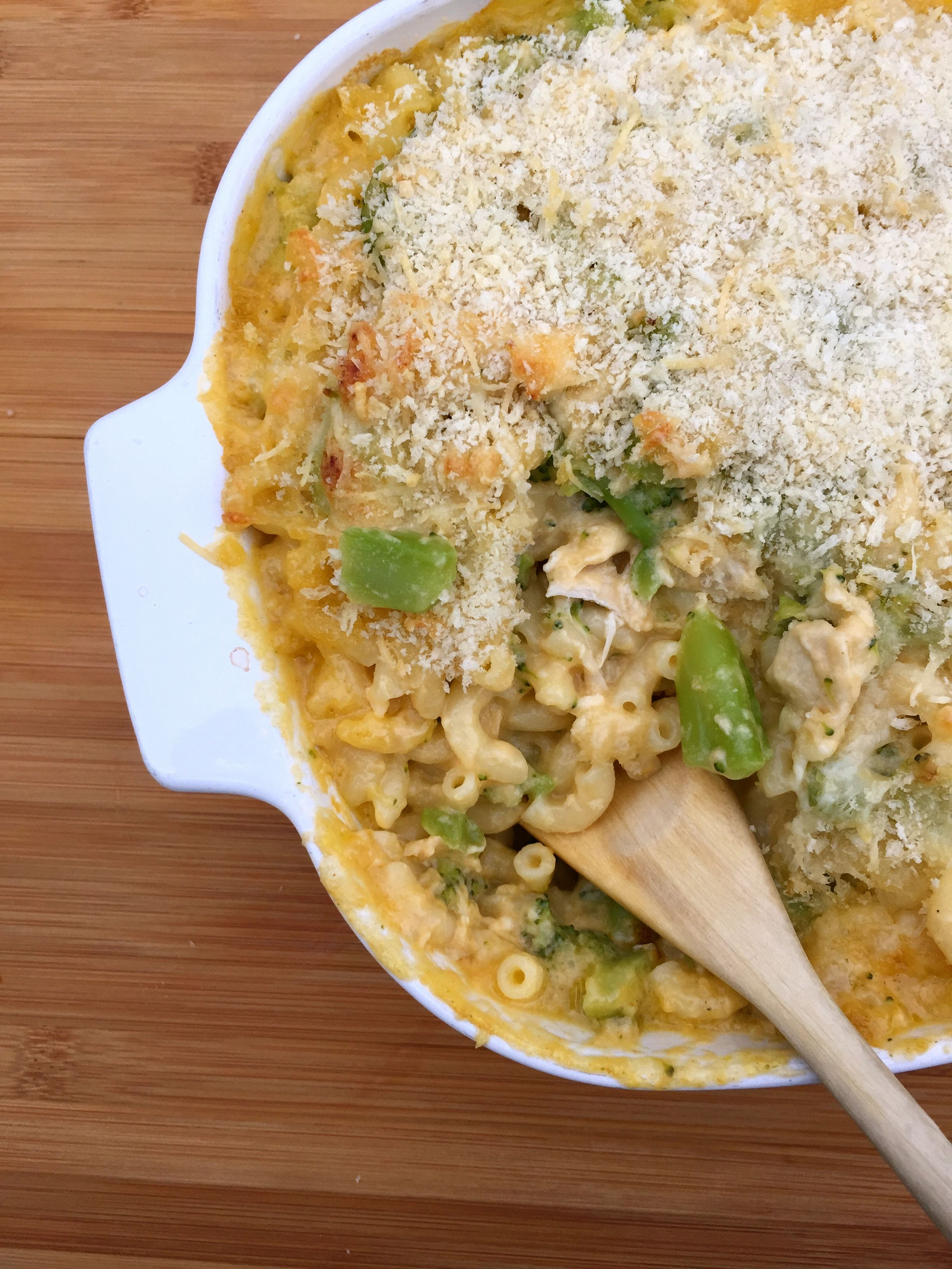 Chicken and Broccoli Macaroni and Cheese from @juliajolliff