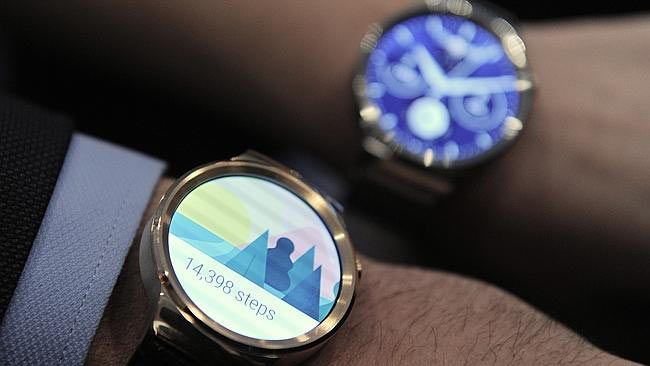 Smart watches with classic looks - http://menswomenswatches.com/smart-watches-with-classic-looks/ COMMENT.