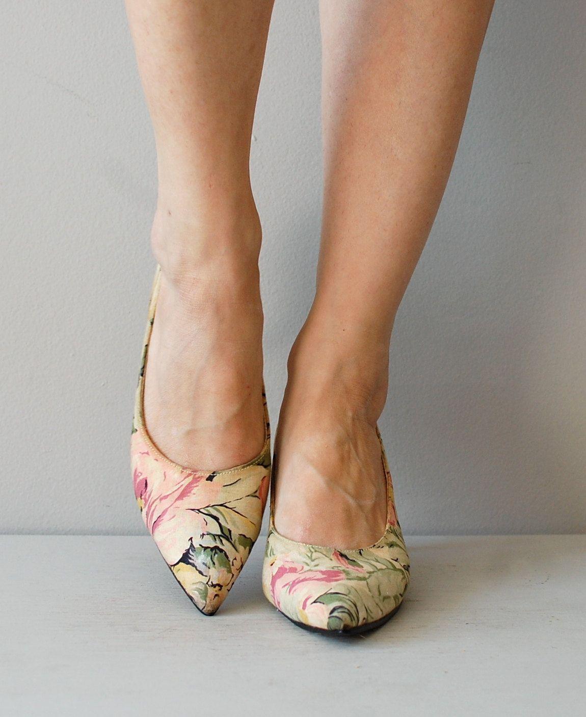 e8c65855bcd8ee floral linen shoes   floral kitten heels   pastel floral heels. DearGolden  via Etsy.