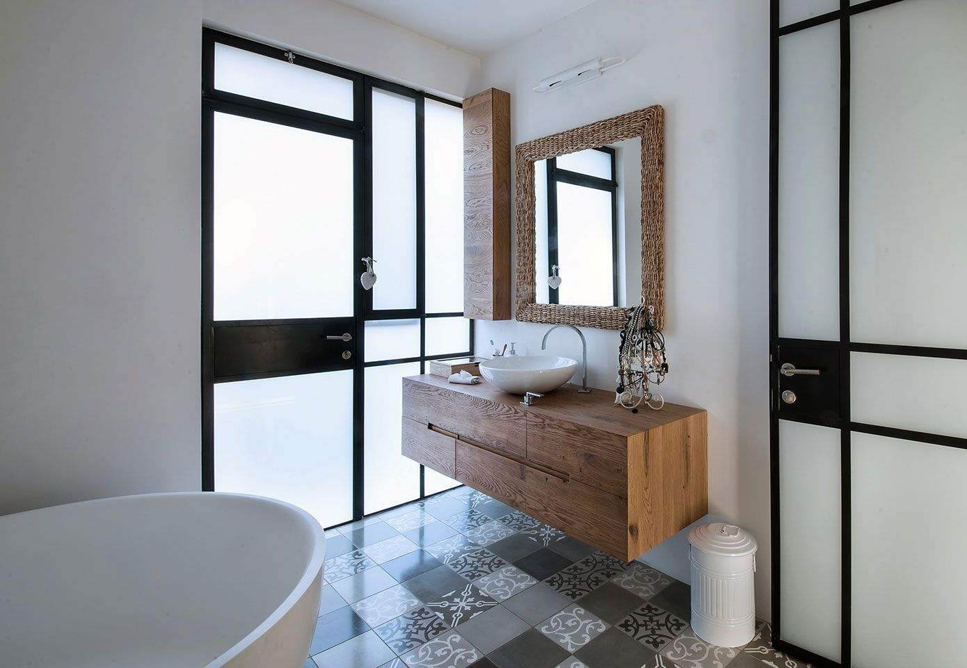 Legno Bianco E Nero : Bagno in legno bianco e nero bathroom crush bathroom
