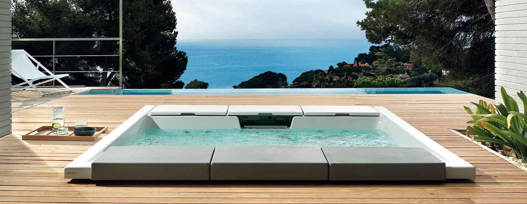 Bust of Built-In Hot Tubs: Provides Luxury and Extra Comfort ...