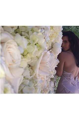 kim wall of roses kim kardashian wedding kim kardashian on kim wall id=69397