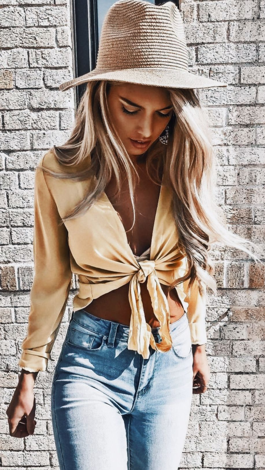 7ef17d596d6e 45 Trendy Summer Outfits Ideas for Girls To Wear Now - Fashmagg