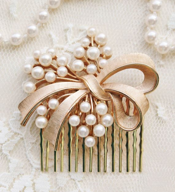Hey, I found this really awesome Etsy listing at https://www.etsy.com/listing/178896883/authentic-trifari-brooch-hair