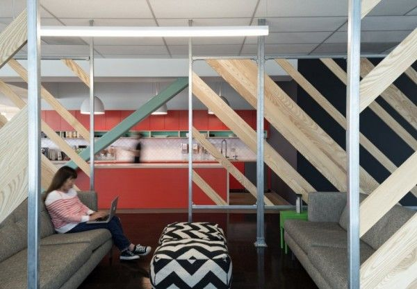 Data storage and bookmarking company evernote has moved into a new clean and modern office which was designed by studio o a evernotes new office is