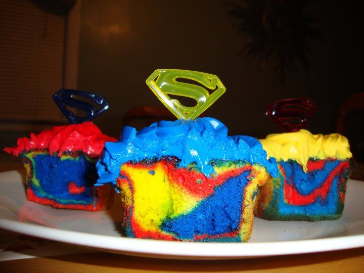 Superman cupcakes I made Cupcakes Cakes Pinterest