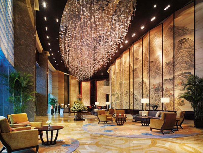 How to make hotel reservations to get good deals modern for Hotel lobby design trends