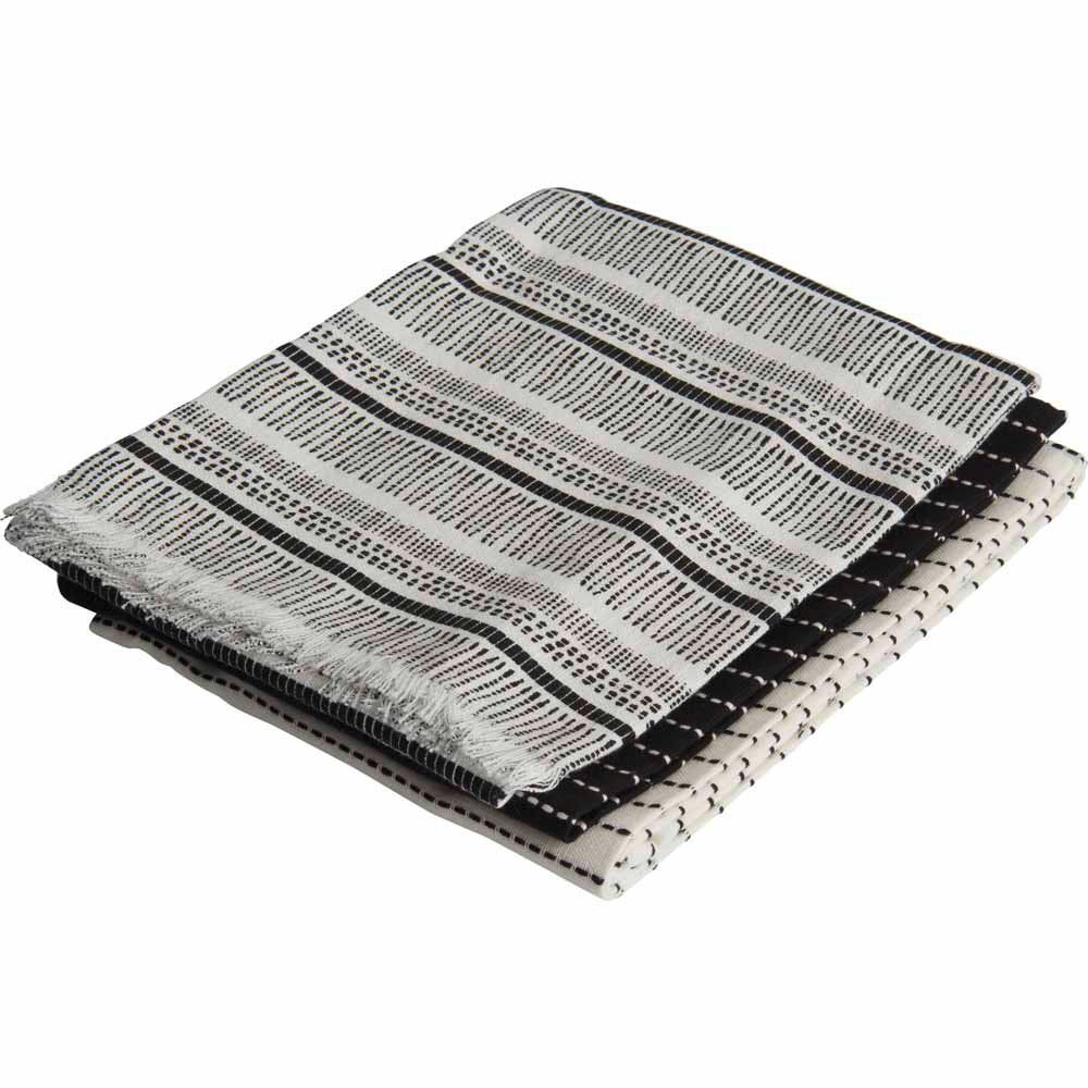 Download Wallpaper Gray And White Kitchen Towels