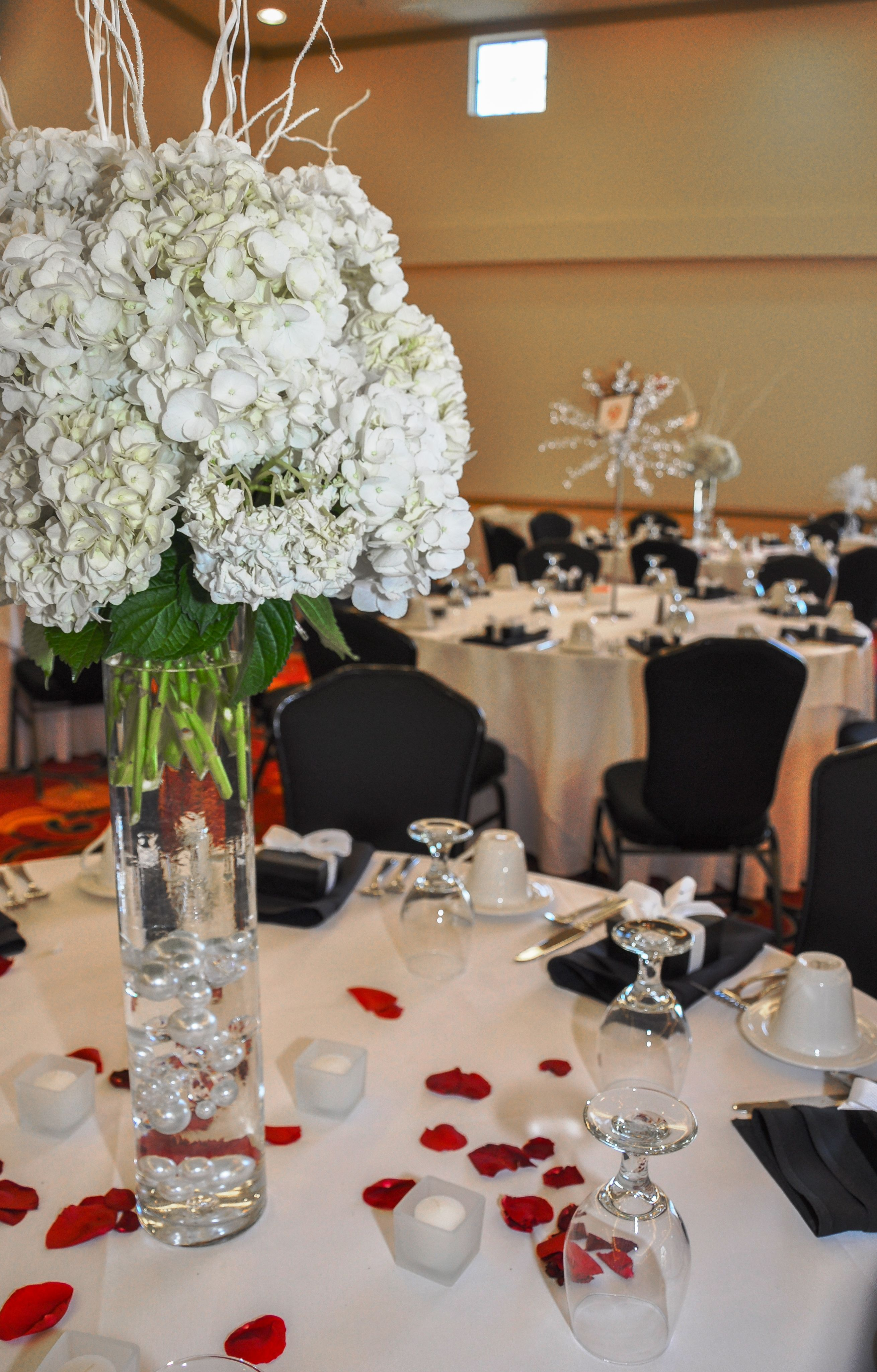 Black White Red   Table decorations, Wedding venues, Dream ...