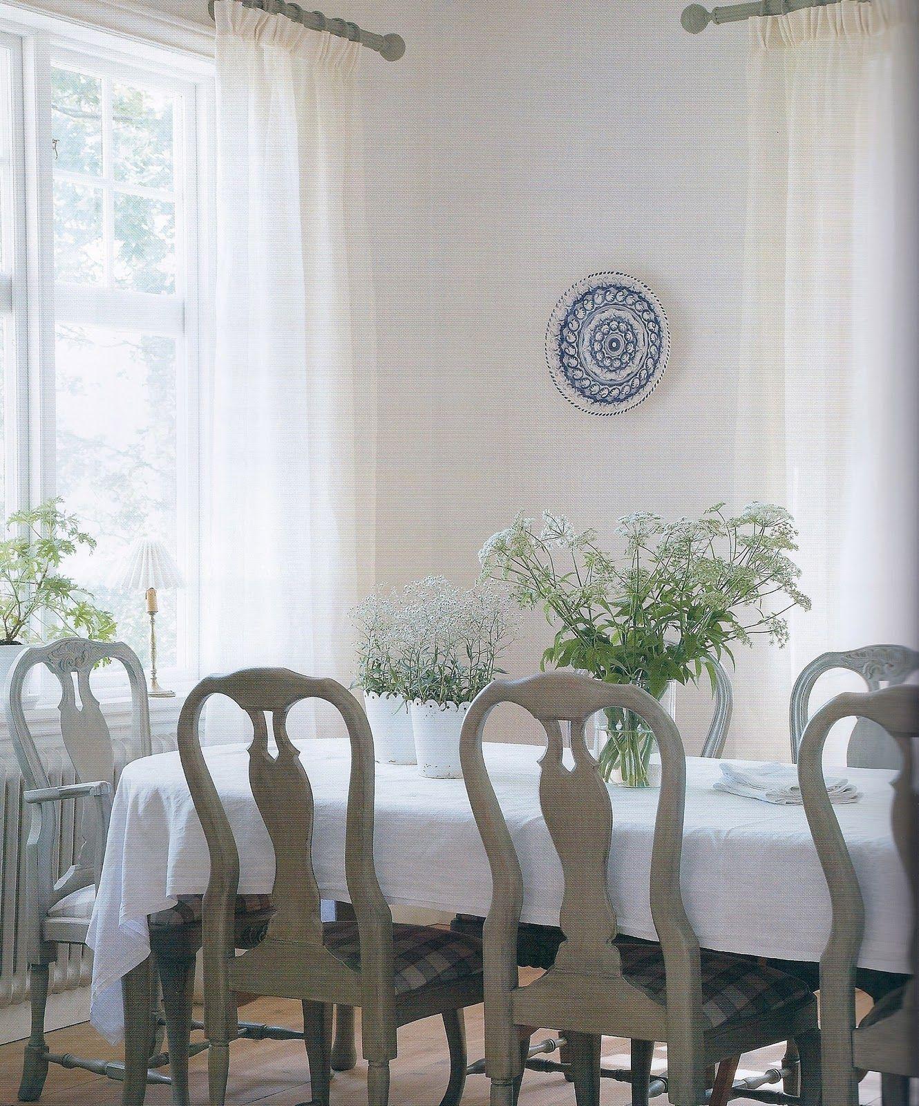 Henhurst: A Few of My Favorite Things - Gustavian Furniture