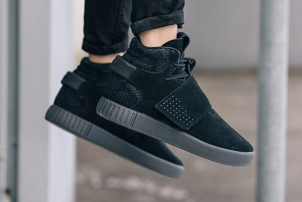 Adidas Tubular Invader Strap Black On Feet