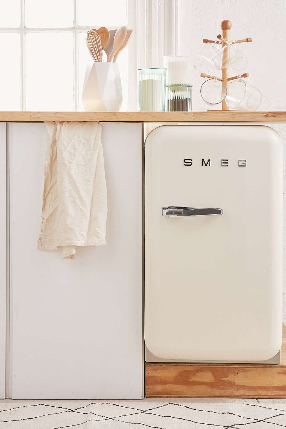 SMEG Mini Refrigerator | Fridge, Urban uutfitters and Minis