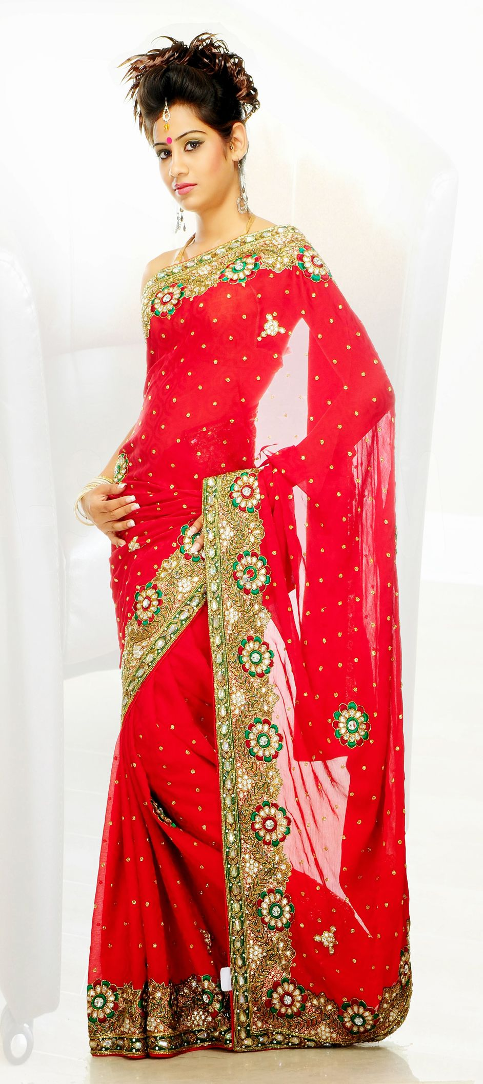122056: Red and Maroon color family Saree with matching unstitched ...
