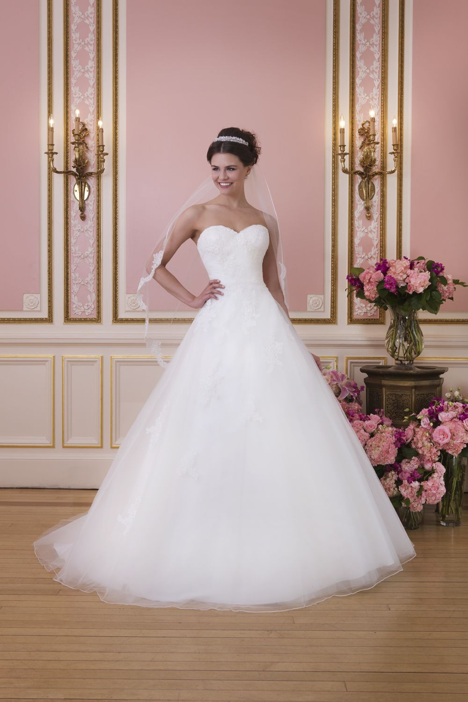 Brautkleid sweetheart style tüll prinzessin wedding